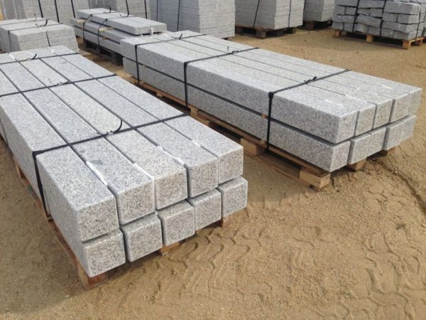 palisady granitowe piaskowane płomieniowane