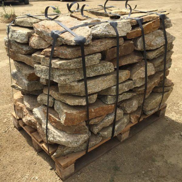 płyty poligonalne z granitu