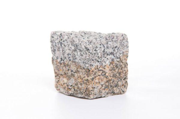 kostka granitowa średnioziarnista szaro ruda