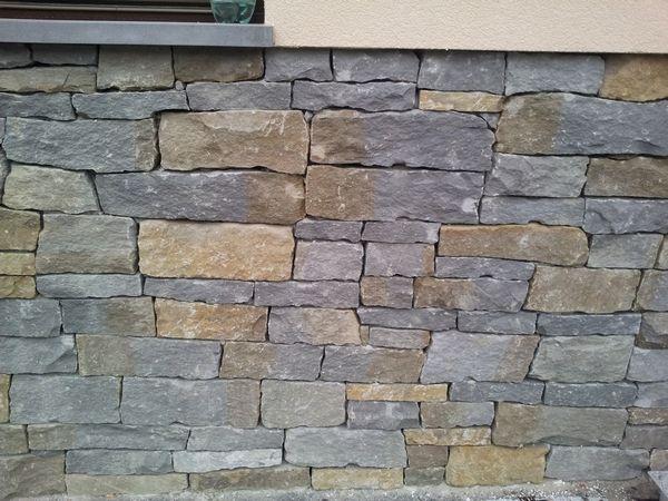 kamień ogrodowy z piaskowca szary